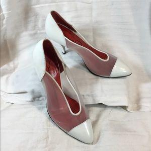 Woman's mesh heels